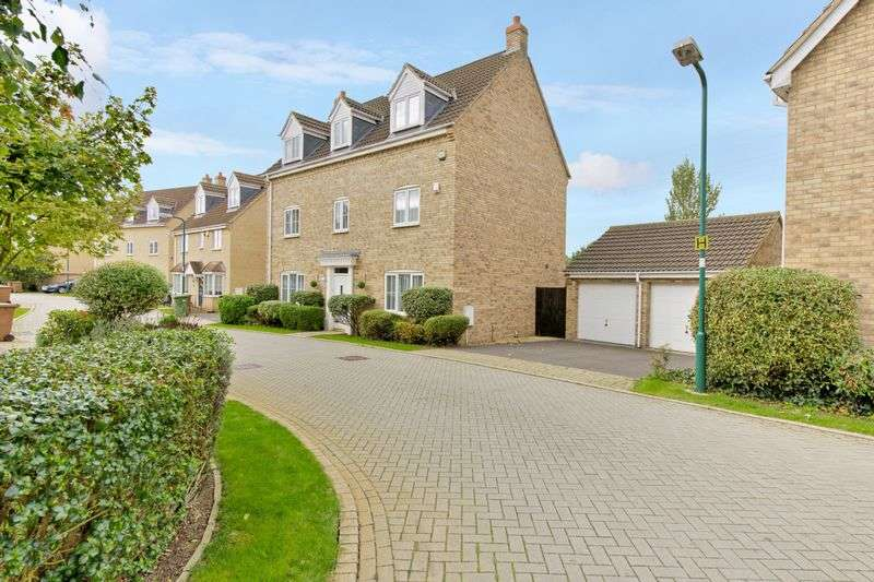 5 Bedrooms Detached House for sale in Ponsonby Drive, Peterborough, Cambridgeshire
