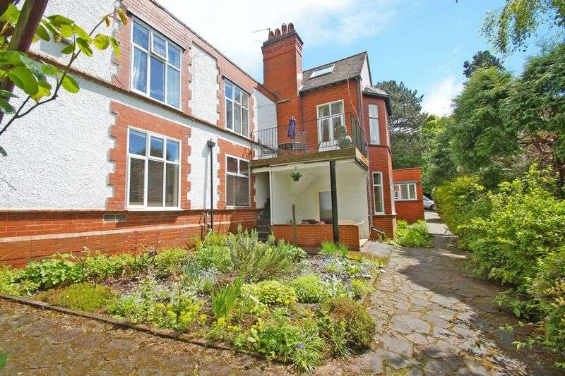 6 Bedrooms Detached House for sale in Ten Ashes Lane, Birmingham
