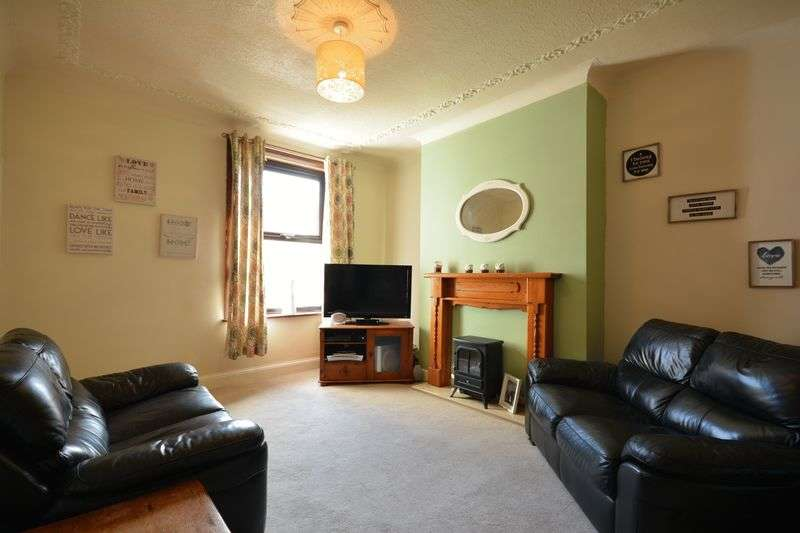 3 Bedrooms Terraced House for sale in Trinity Street, Oswaldtwistle