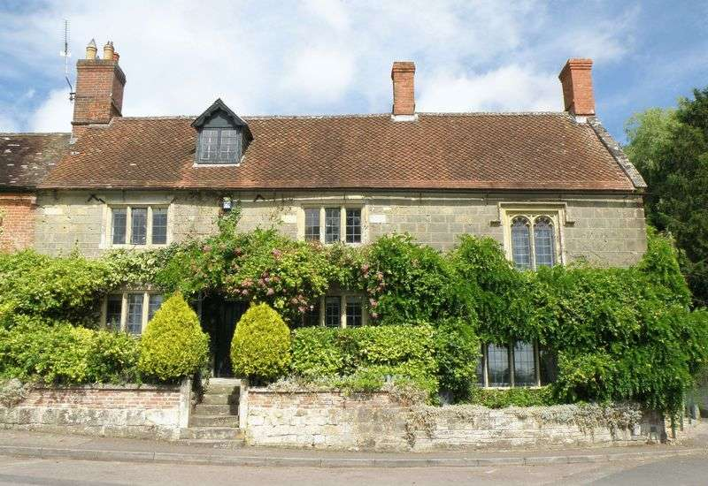 5 Bedrooms House for sale in East Knoyle, Wiltshire/Dorset Border