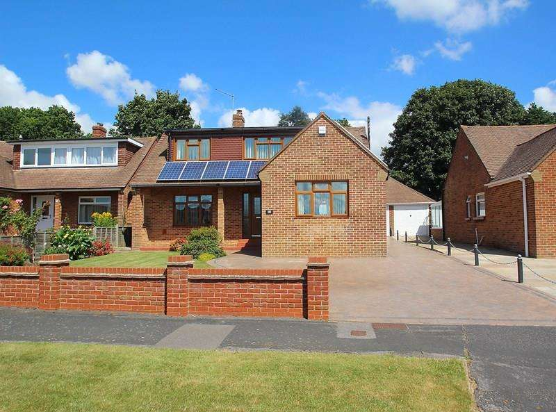 3 Bedrooms Detached Bungalow for sale in The Thicket Down End, Fareham