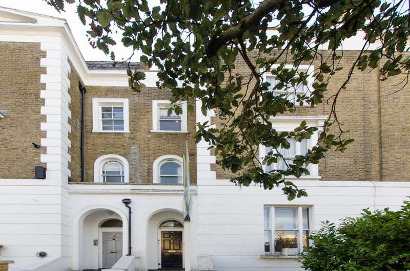 3 Bedrooms Flat for sale in Prince of Wales Road, Kentish Town, NW5