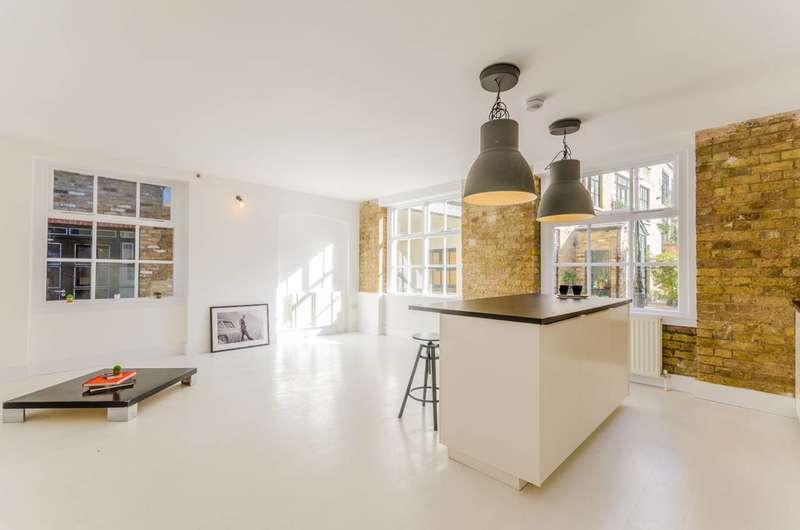3 Bedrooms Flat for sale in Time Square, Hackney, E8