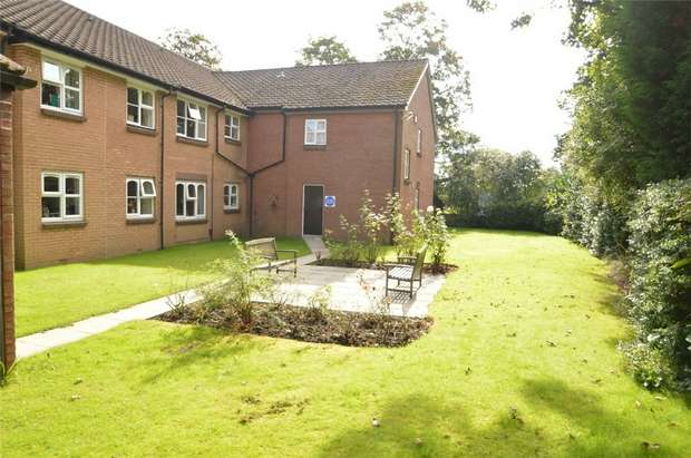 1 Bedroom Flat for sale in Patterdale, Boundary Court, 105 Gatley Road, Cheadle