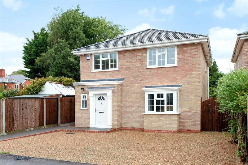 4 Bedrooms Detached House for sale in Waterloo Road, Wokingham, Berkshire, RG40