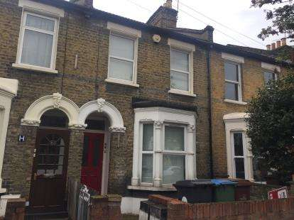 1 Bedroom Flat for sale in Leytonstone, London