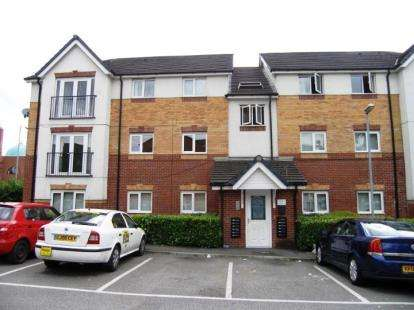 2 Bedrooms Flat for sale in Martingale Court, Manchester, Greater Manchester