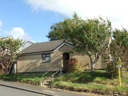 3 Bedrooms Bungalow for sale in Wadebridge, Cornwall