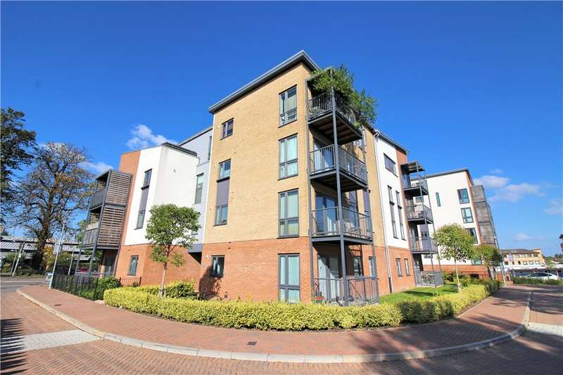 2 Bedrooms Flat for sale in James Court, Grade Close, Elstree, Hertfordshire, WD6