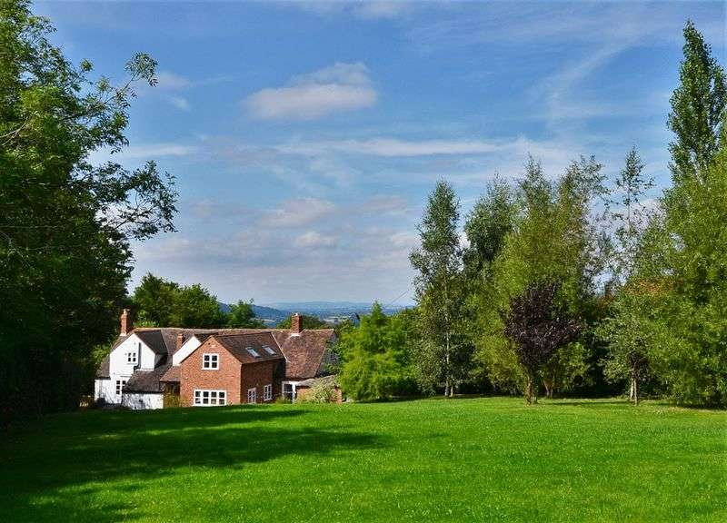 5 Bedrooms Detached House for sale in Nr Abberley, Teme Valley, Worcestershire