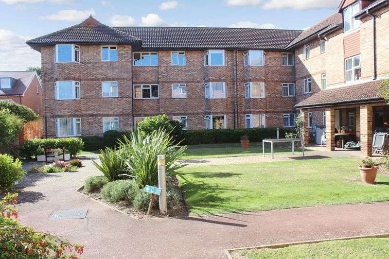 1 Bedroom Retirement Property for sale in Kings Hall, Worthing, BN11 2BS