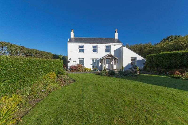 4 Bedrooms Detached House for sale in Scredda, St. Austell