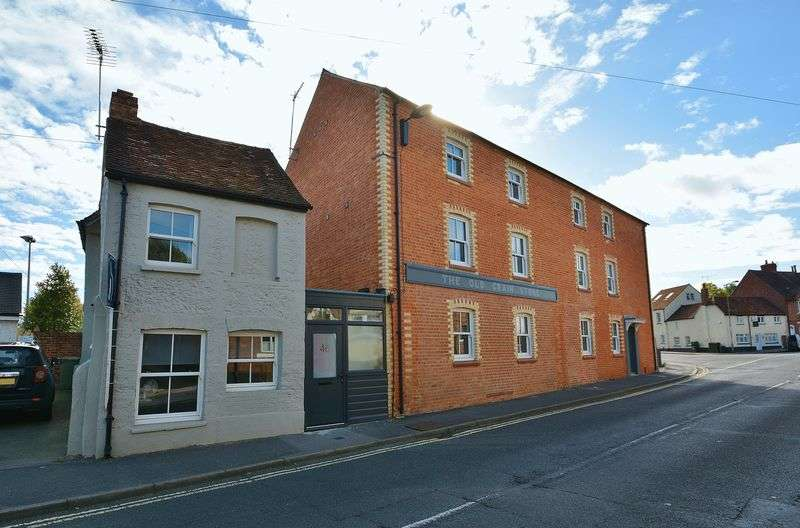 2 Bedrooms Property for sale in North Street, Thame