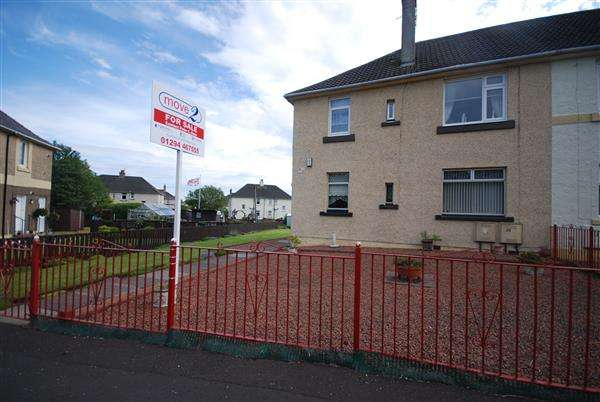 2 Bedrooms Flat for sale in Smith Crescent, Kilwinning