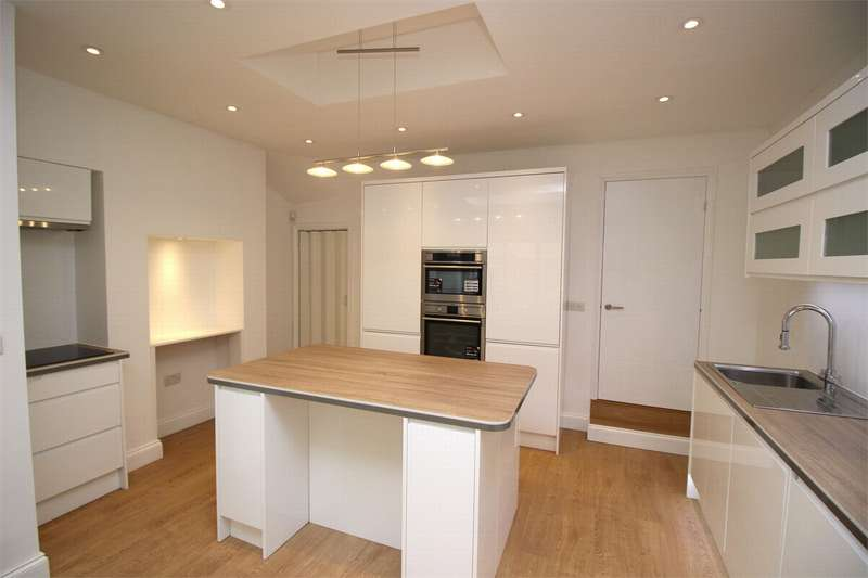 2 Bedrooms End Of Terrace House for sale in Eldon Road, Wood Green