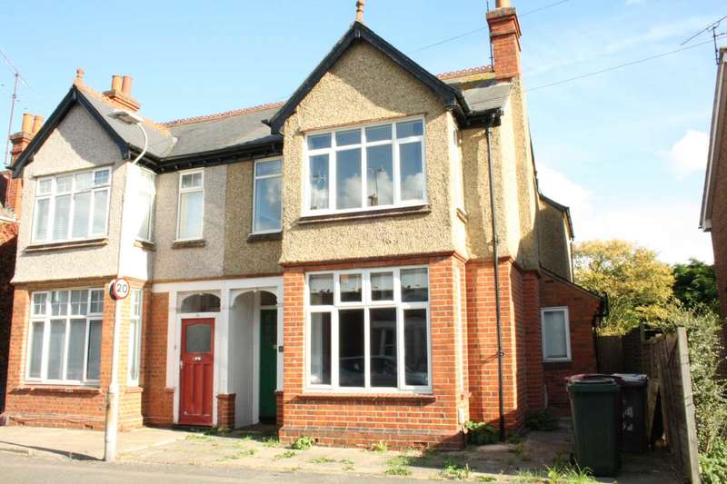 4 Bedrooms Semi Detached House for sale in Melrose Avenue, Reading
