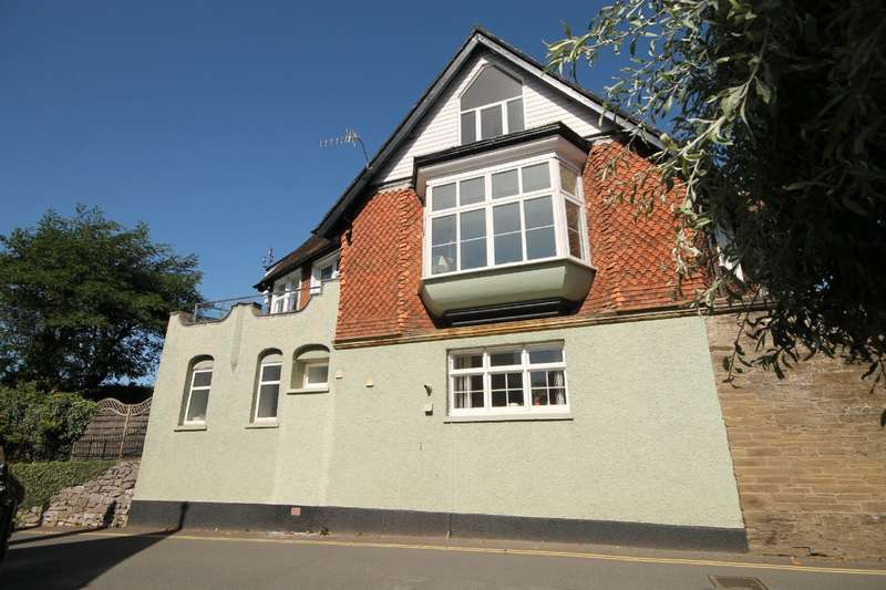 3 Bedrooms Apartment Flat for sale in Apartment 2 Dodbrooke Lodge, Derby Road, Kingsbridge