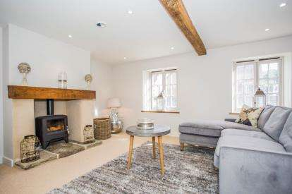 3 Bedrooms Semi Detached House for sale in North Creake, Norfolk, Norfolk