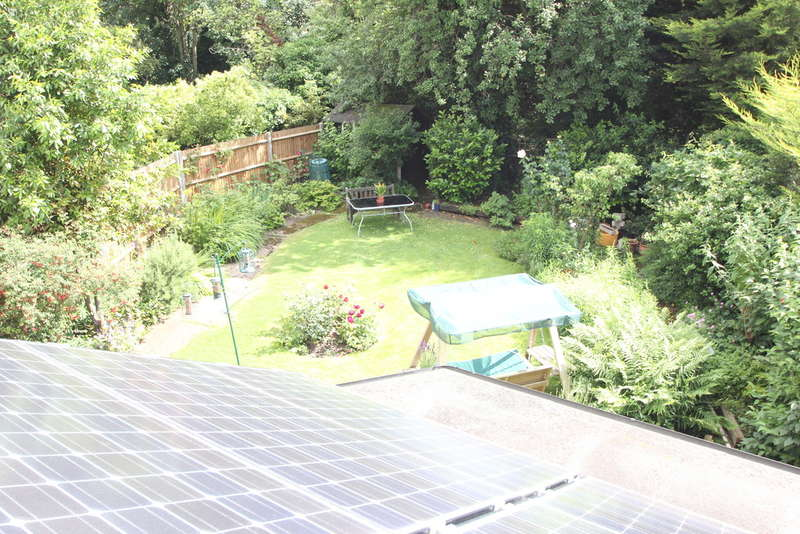 5 Bedrooms Detached House for sale in Cranes Drive, Surbiton