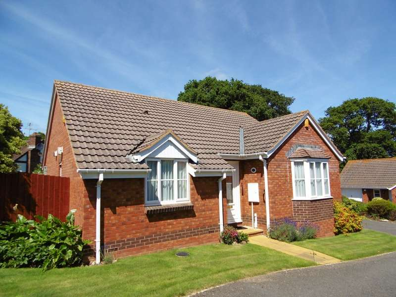 3 Bedrooms Detached Bungalow for sale in Albion Close, Seaton