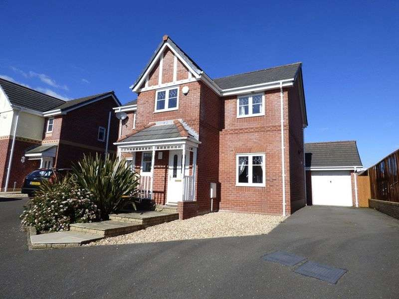 4 Bedrooms Detached House for sale in Goldfinch Close, Morecambe