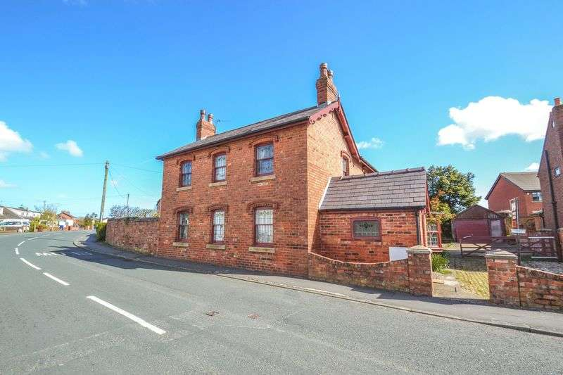 4 Bedrooms Detached House for sale in Victorian Detached - Liverpool Old Road, Walmer Bridge, Preston
