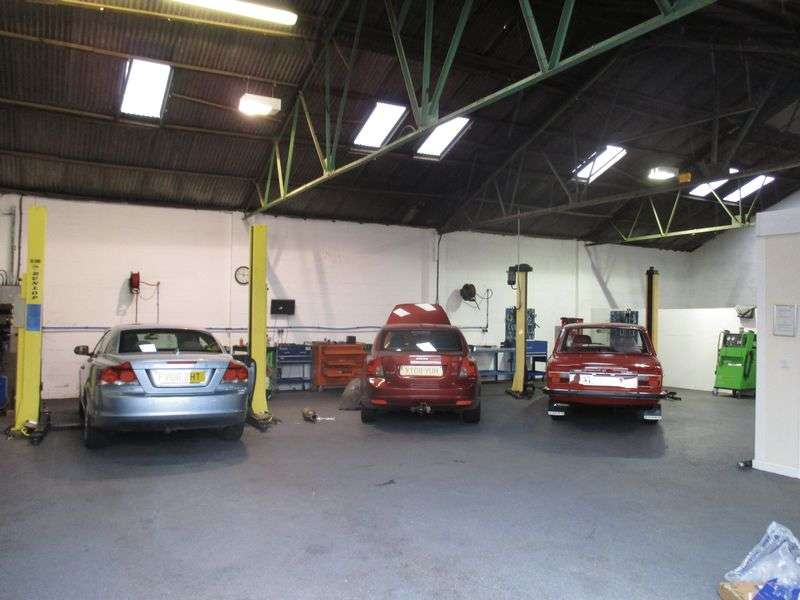 Property for sale in Exceptional leasehold garage business