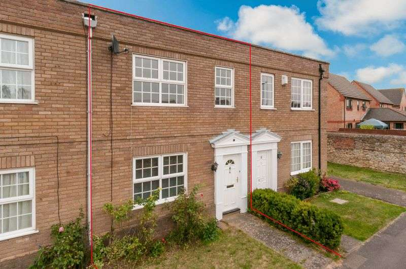 2 Bedrooms Terraced House for sale in Carlton Mews, Higham Ferrers