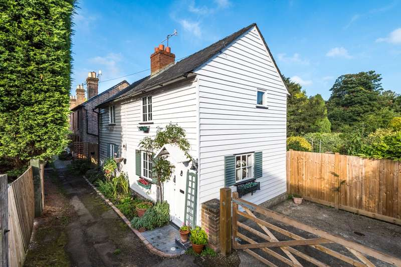 2 Bedrooms Detached House for sale in Quality Street, Merstham, RH1