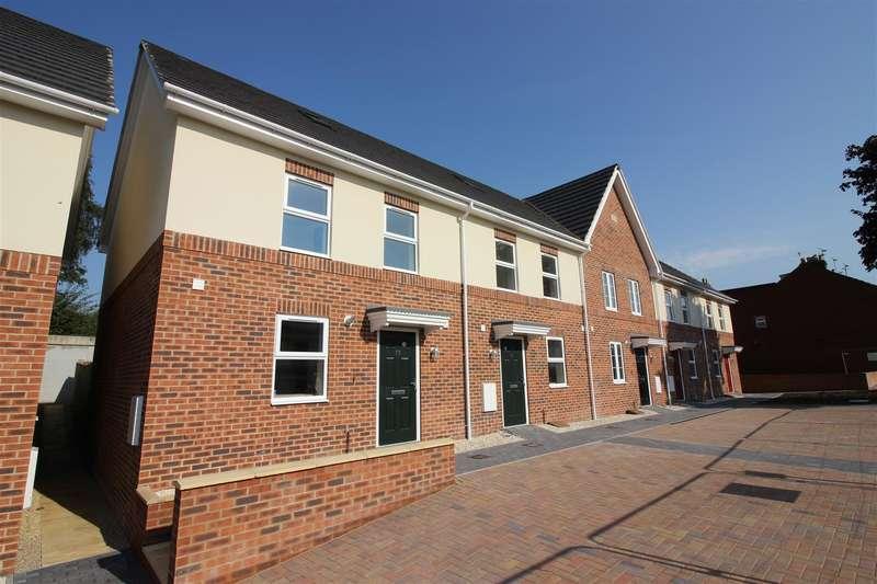 3 Bedrooms Property for sale in Newburn Crescent (plot 3), Swindon