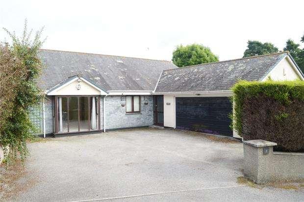5 Bedrooms Detached Bungalow for sale in Derowen Drive, Hayle, Cornwall