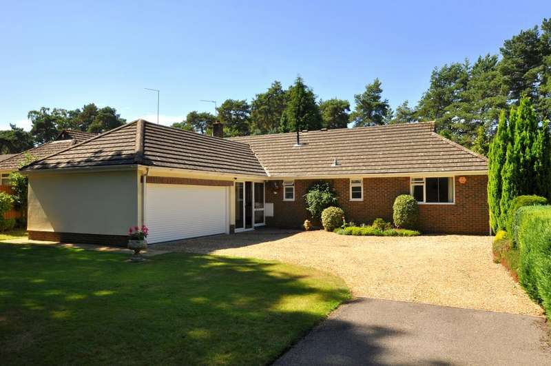 4 Bedrooms Detached Bungalow for sale in Woolsbridge Road, Ashley Heath, BH24 2LZ