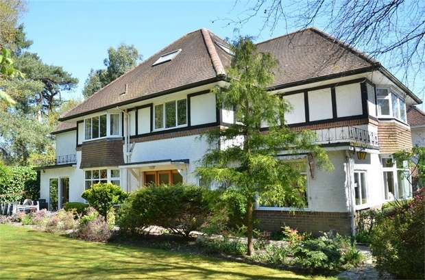 5 Bedrooms Detached House for sale in Talbot Woods, Bournemouth, Dorset