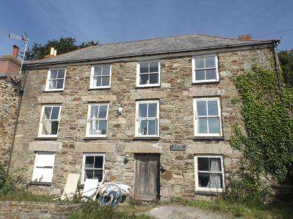 2 Bedrooms Flat for sale in St Agnes, Truro