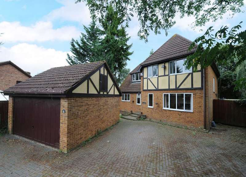 5 Bedrooms Detached House for sale in Grange Avenue, Luton, LU4 9AU