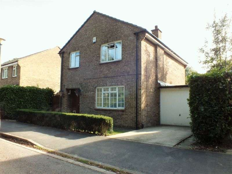 4 Bedrooms Detached House for sale in The Paddocks, Yarnton