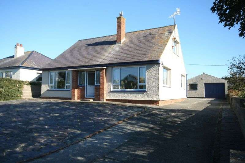 4 Bedrooms Detached Bungalow for sale in Sandy Lane, Rhosneigr