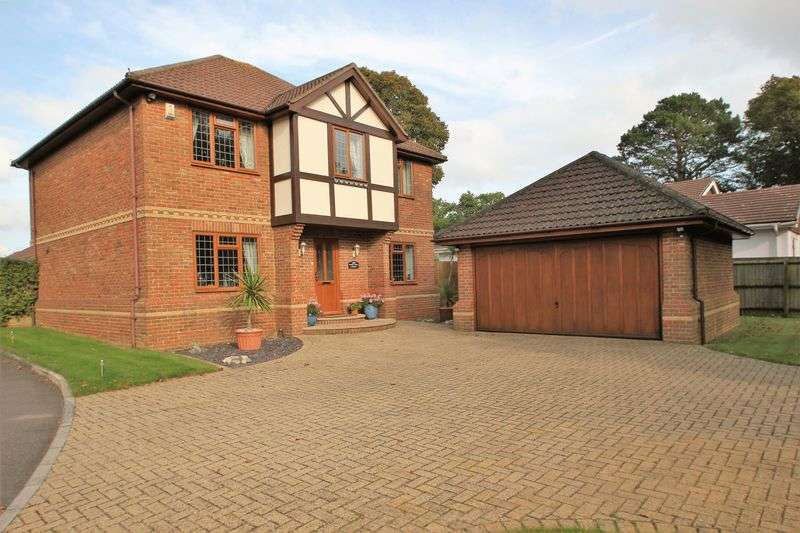 4 Bedrooms Detached House for sale in Christchurch Road, Ferndown