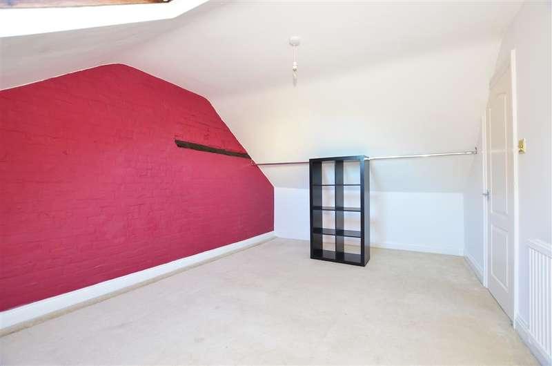 2 Bedrooms End Of Terrace House for sale in Lower Road, Teynham, Sittingbourne, Kent