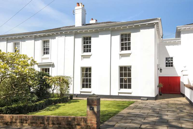 5 Bedrooms Town House for sale in St Leonards, Exeter