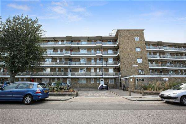 2 Bedrooms Apartment Flat for sale in North House, Grove Street, Deptford