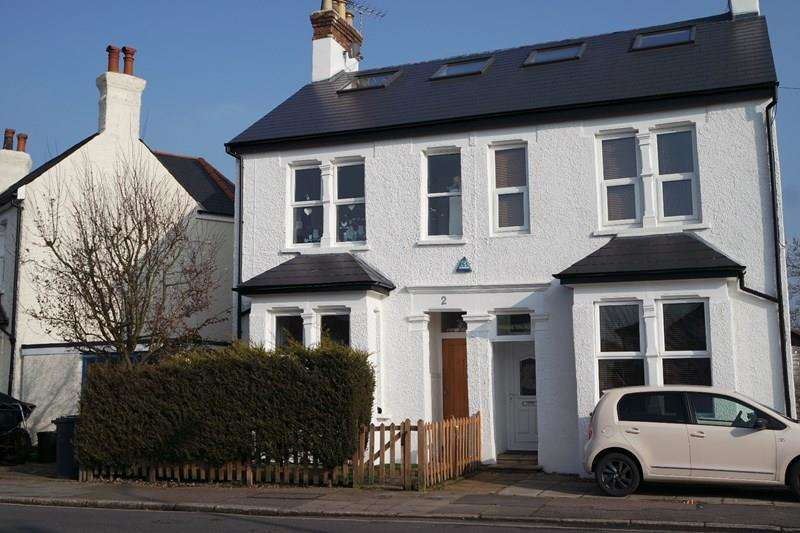 4 Bedrooms Semi Detached House for sale in The Avenue, High Barnet