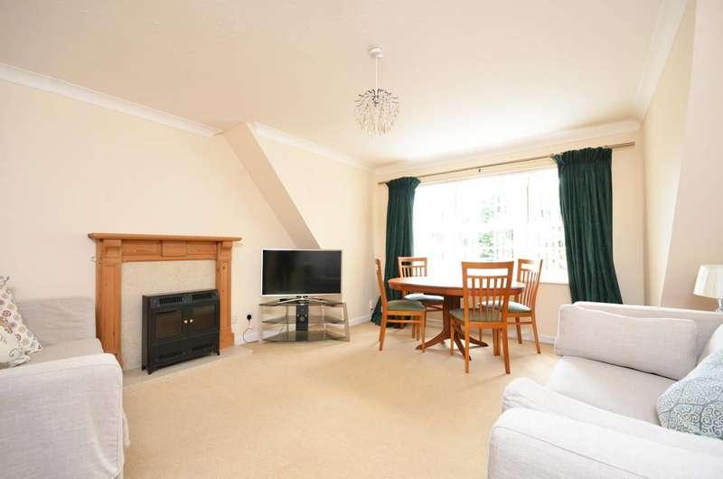 2 Bedrooms Flat for sale in Cranley Road, Guildford, GU1