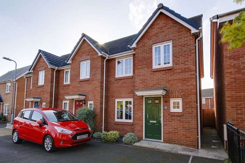 3 Bedrooms Terraced House for sale in Heol Senni, Newport