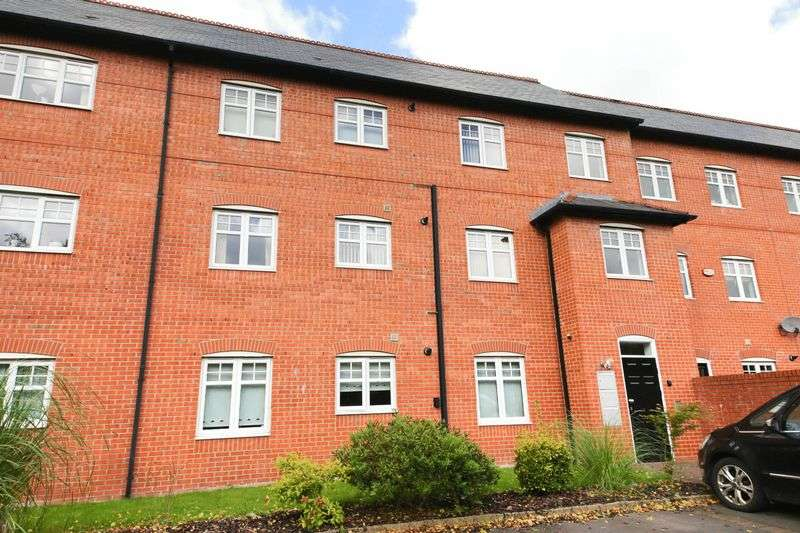 2 Bedrooms Flat for sale in Trevore Drive, Standish, Wigan