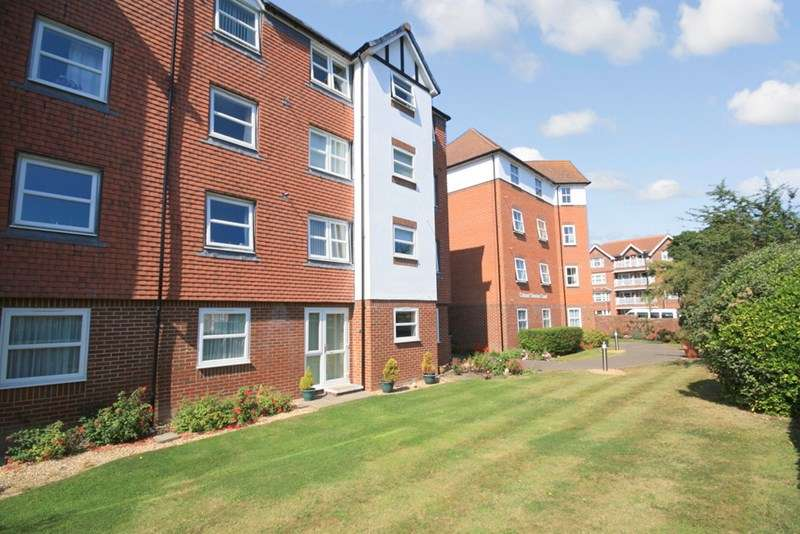 1 Bedroom Retirement Property for sale in Colonel Stevens Court, Eastbourne, BN20 7HD