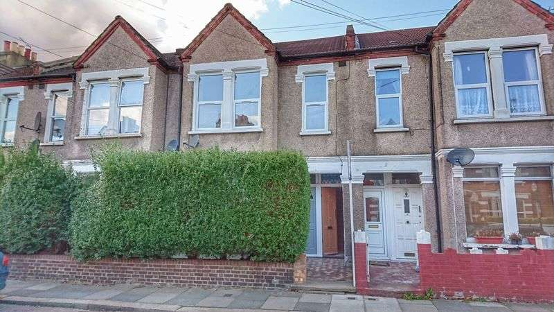 2 Bedrooms Flat for sale in Bruce Road, MITCHAM, Surrey