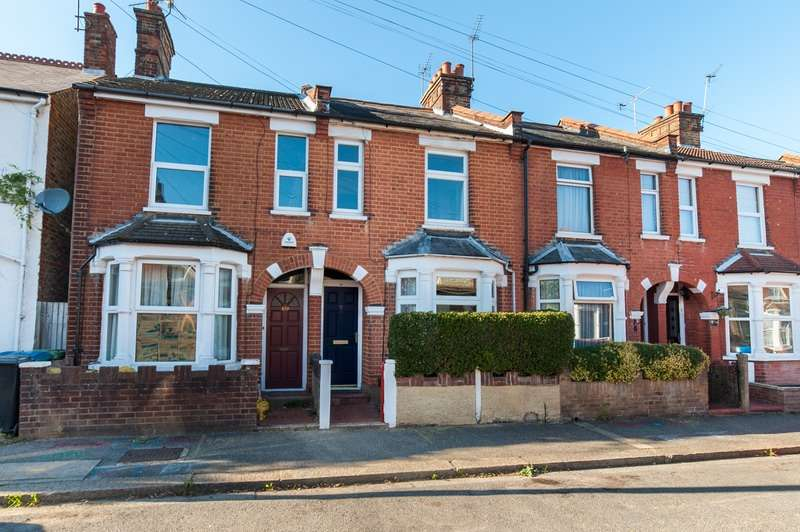 2 Bedrooms Terraced House for sale in Sandringham Road, Watford, Hertfordshire, WD24