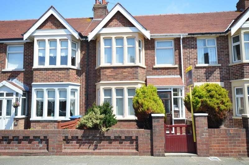 3 Bedrooms Terraced House for sale in Southworth Avenue, Blackpool