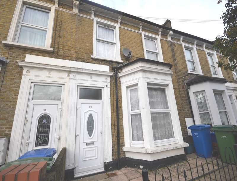 3 Bedrooms Property for sale in Meeting House Lane, Peckham, London, SE15